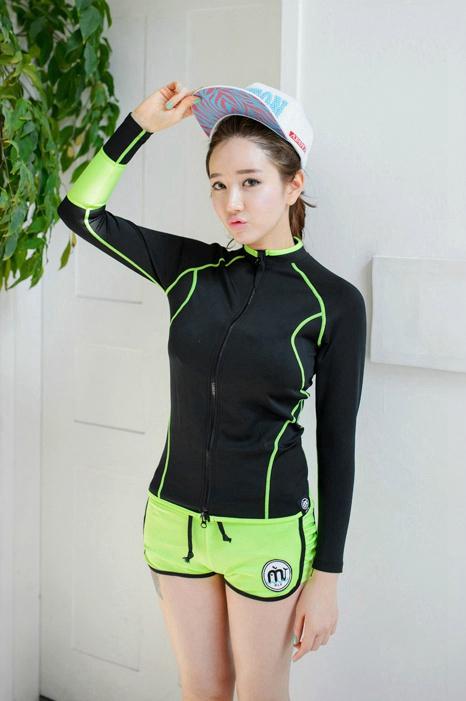 白皙韩国美女秀美胸美腿